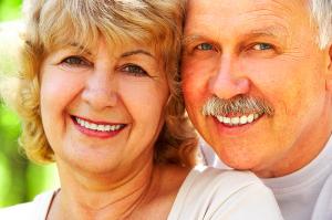 older_white_couple